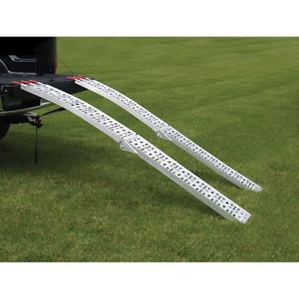 Extreme Max 7.5' Arched Folding Mesh Ramp Set, 1500 lb.