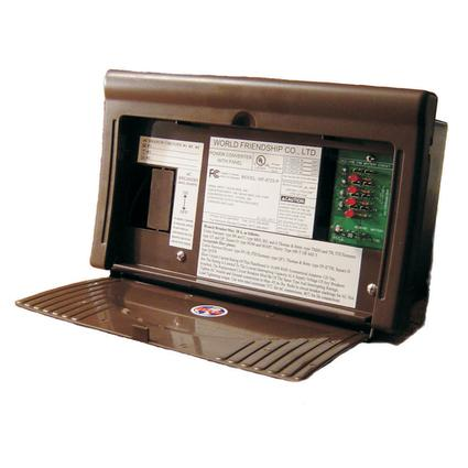 WFCO 8700 Series Power Center Converter/Charger AC/DC Distribution, 25 Amps DC Output